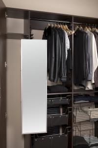 closet-mirror