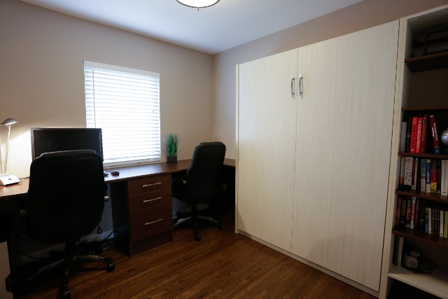 Murphy bed and desk (640x427)